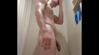 Straight porn actor take a shower and cum 10 min